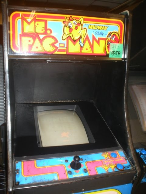 Classic Arcade - Ms Pac-Man Cabinet