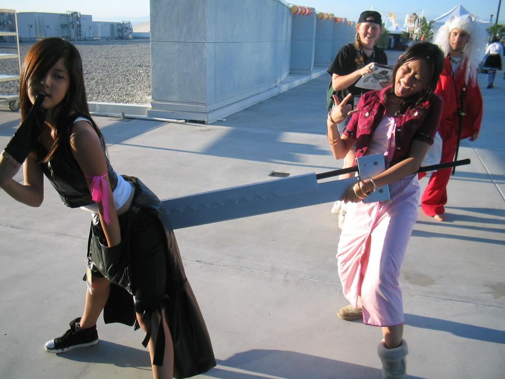 buster sword butt cosplay girls
