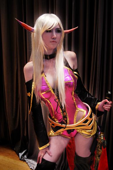 hot elf girl cosplay