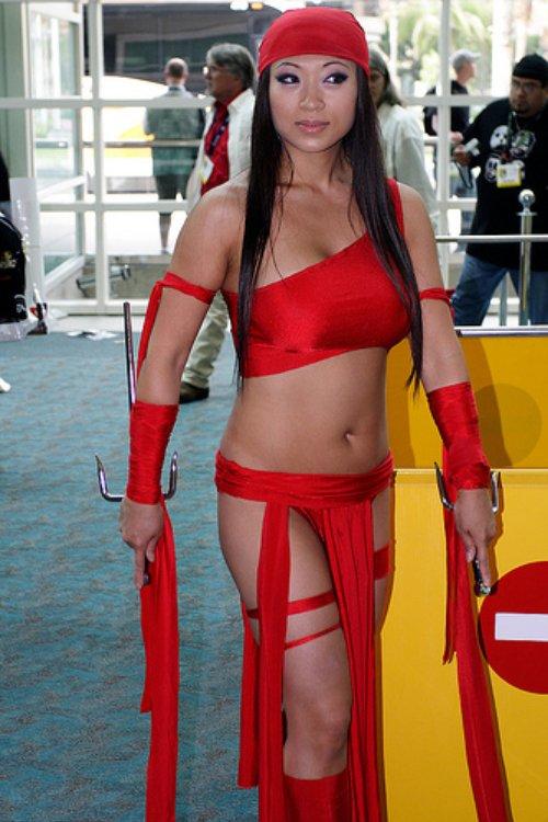 Elektra cosplay girl