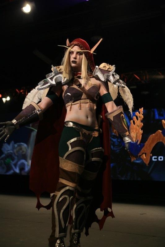 nice cosplay girl