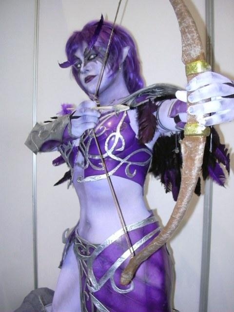 purple nightelf cosplay girl