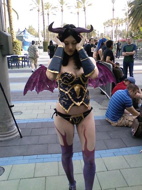 succubus cosplay girl