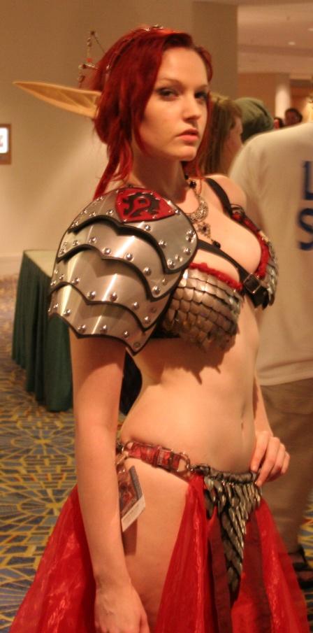 FTH cosplay girl