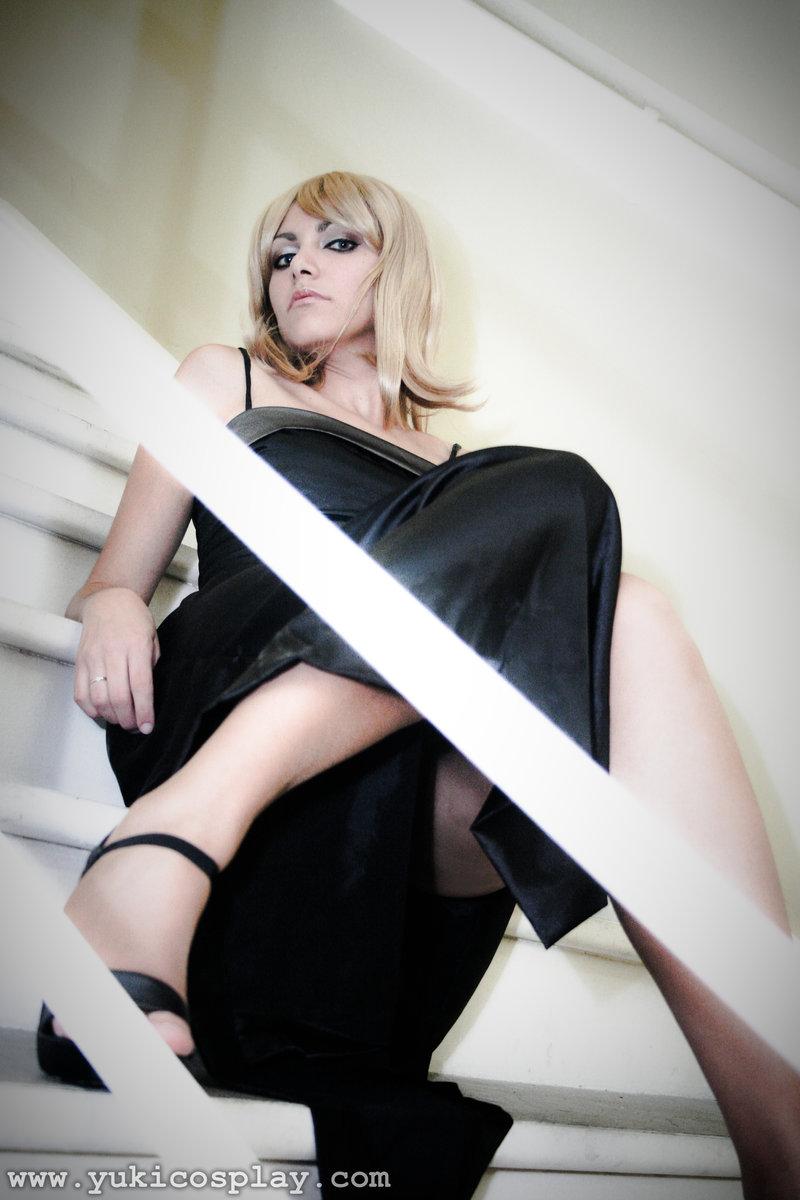Parasite Eve Aya Brea cosplay girl