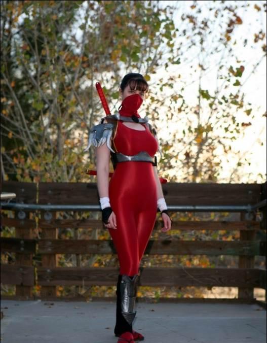 Taki cosplay girl