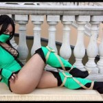 Mortal Kombat cosplay girl