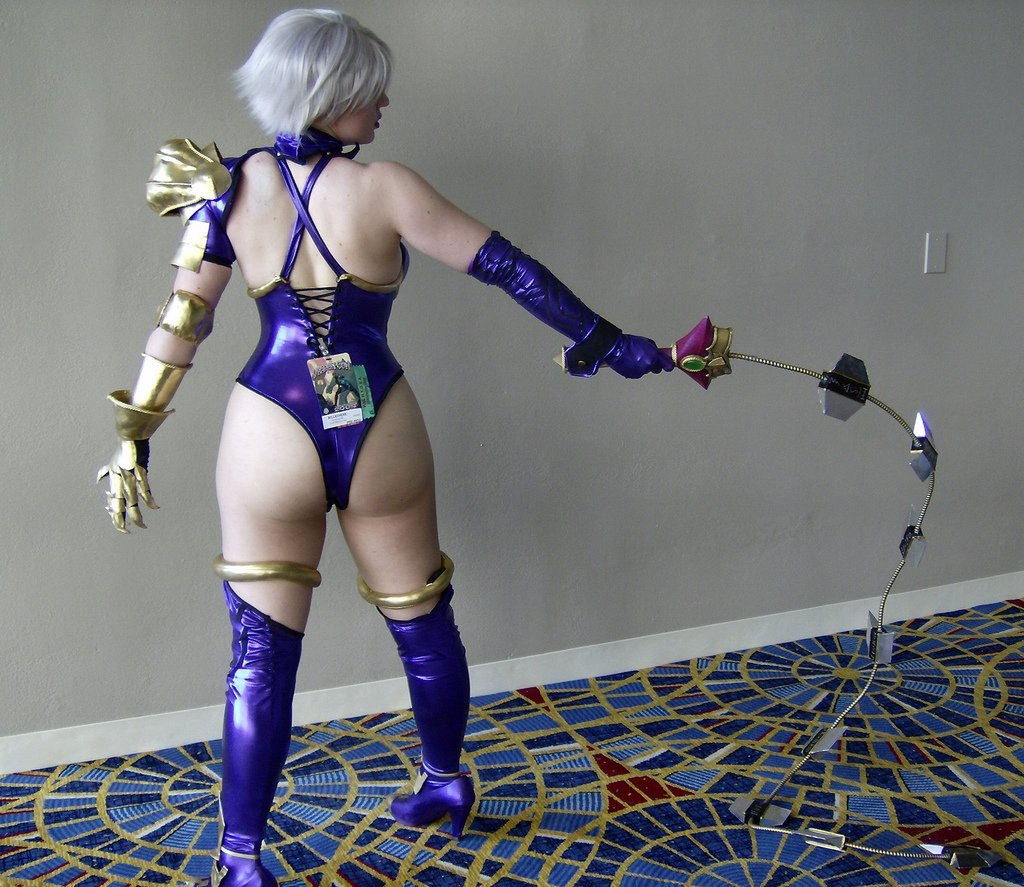 ivy cosplay girl