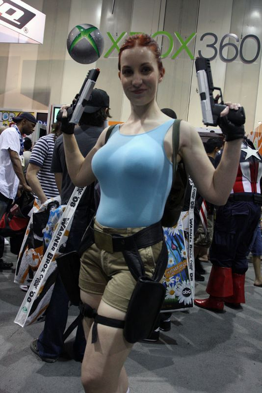 tomb raider lara croft sexy busty cosplay girl