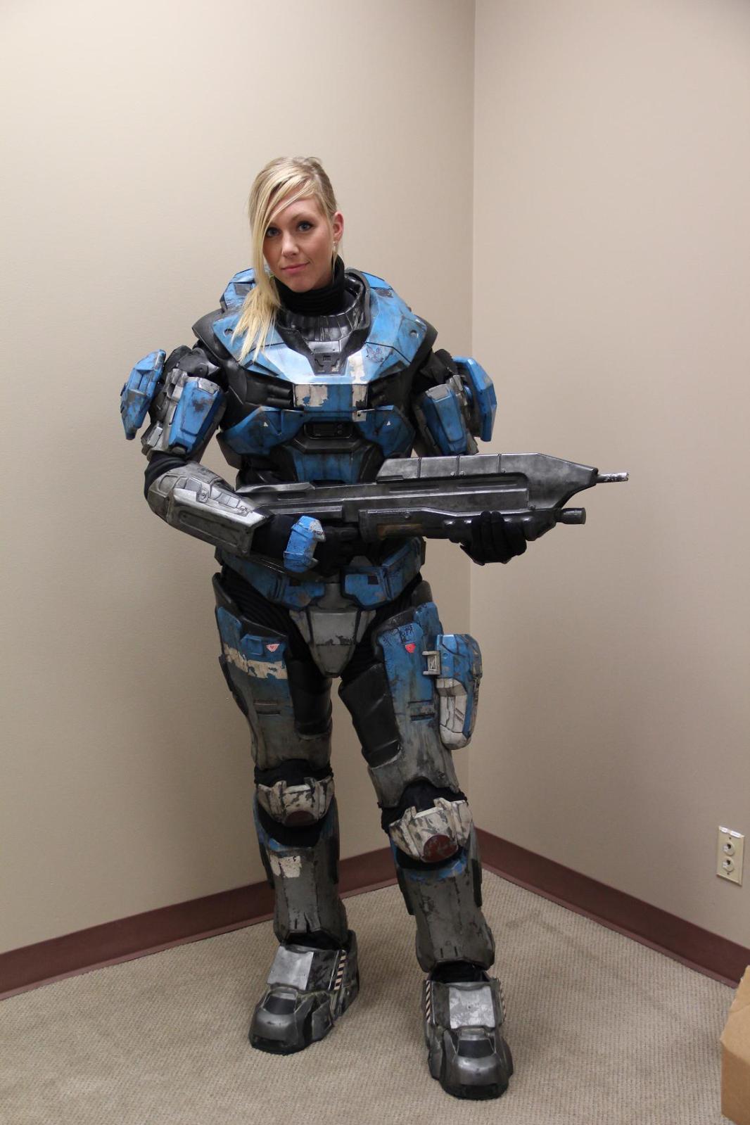 Halo spartan cosplay girl