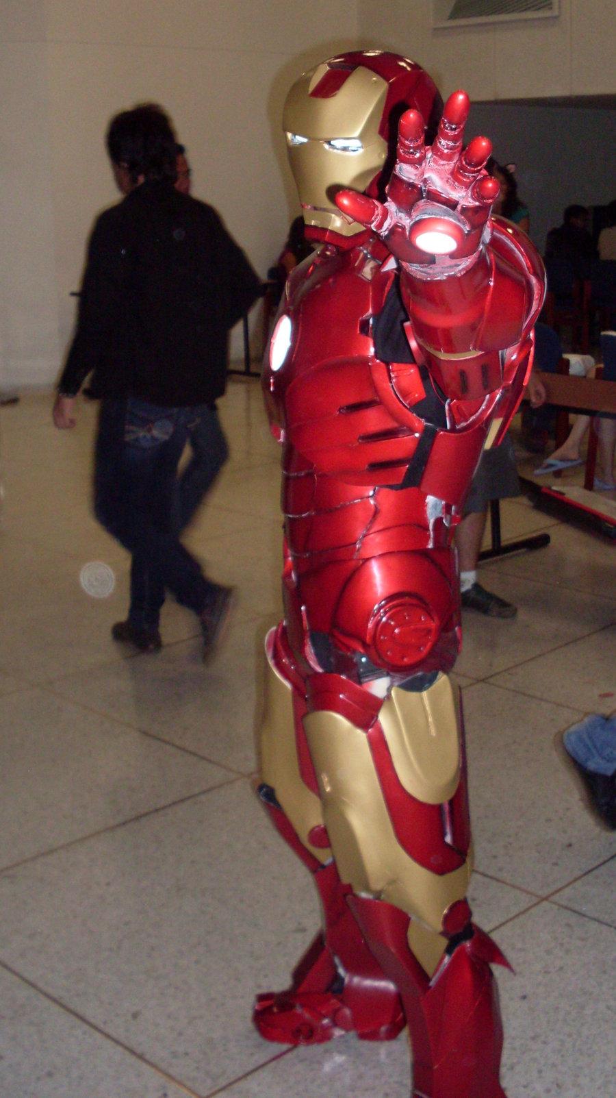 Iron Man Cosplay 1 by SHIZUKE1984