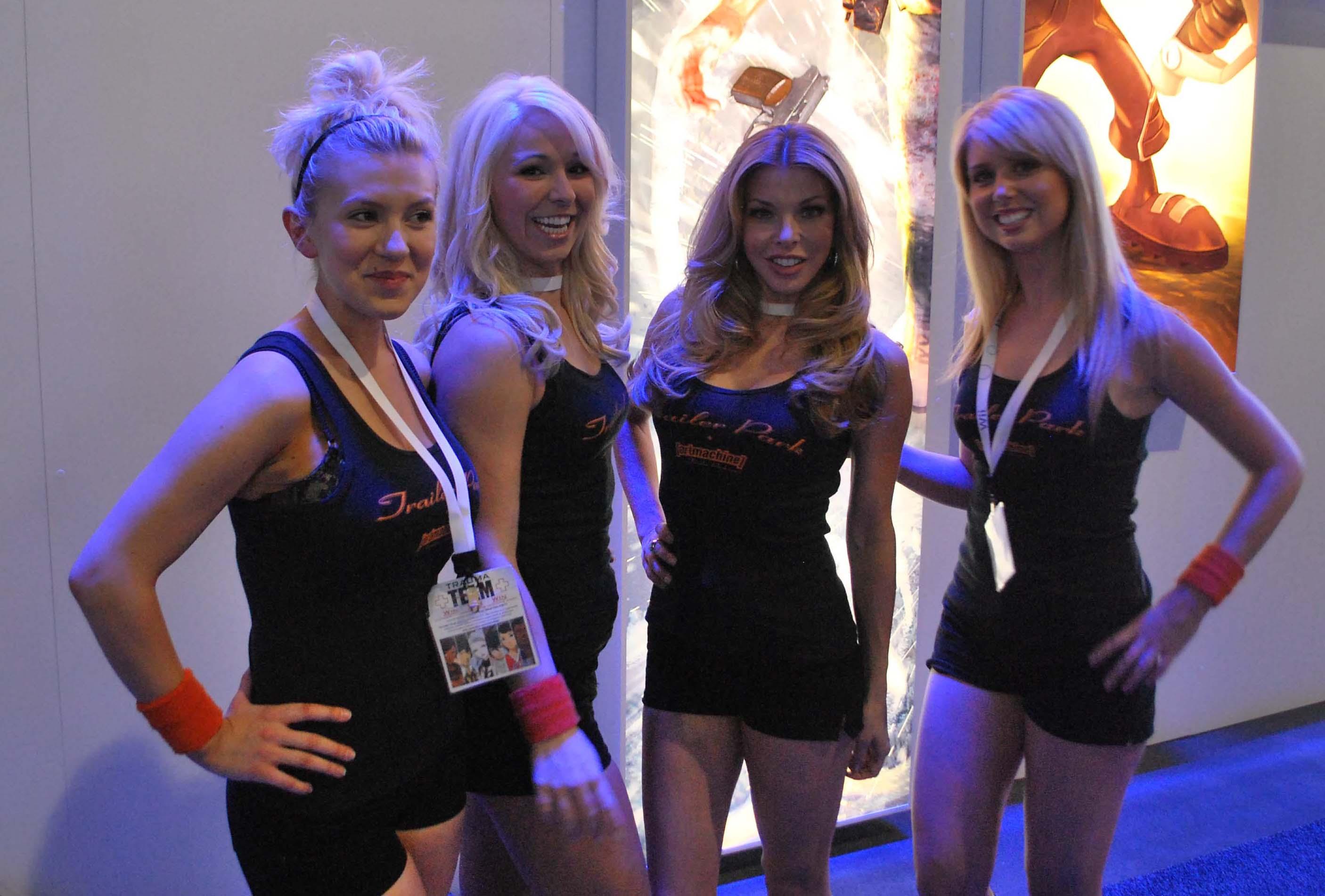 e3 2009 booth babes