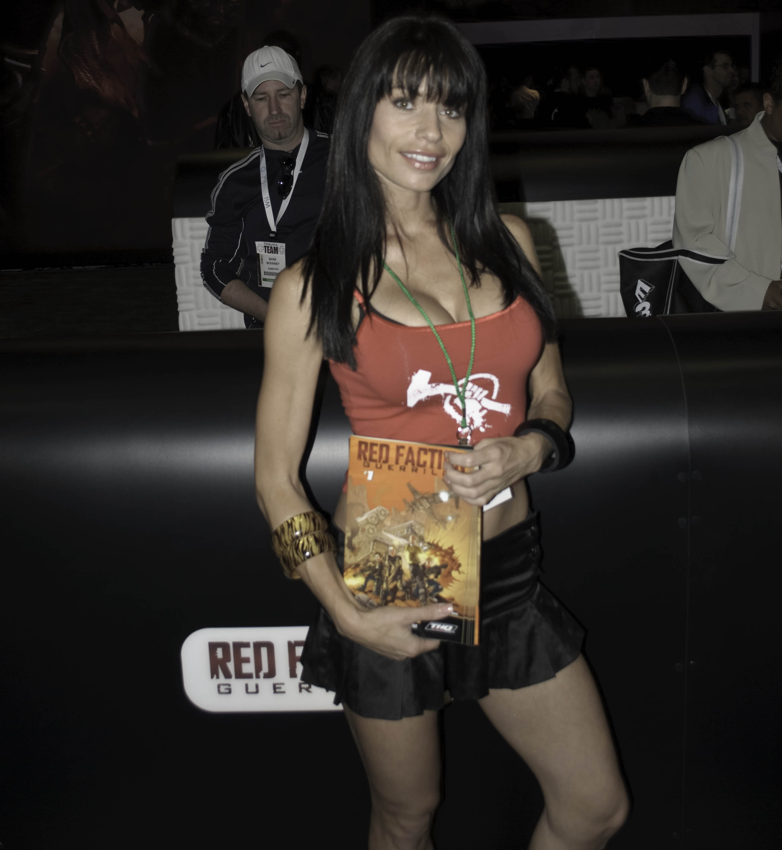 e3 2009 booth babe red faction
