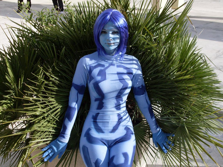 Halo 3 Cortana Cosplay girl