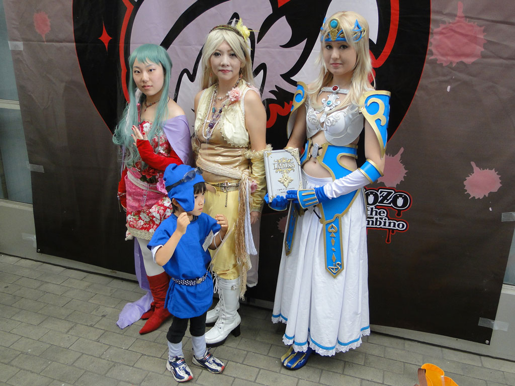Final Fantasy Cosplay Girls