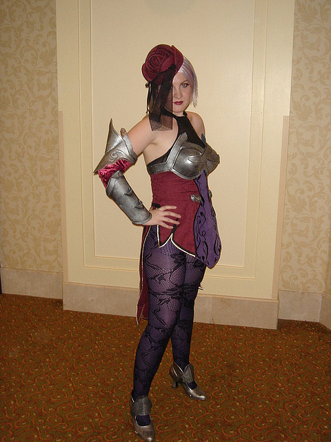 Ivy Soul Calibur Cosplay girl
