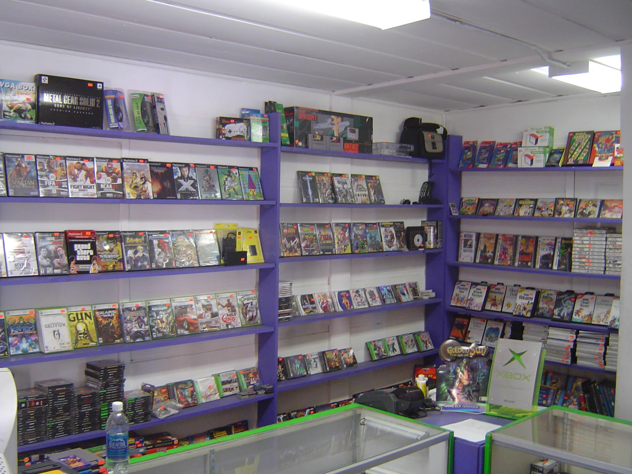 Luna Video Game Store