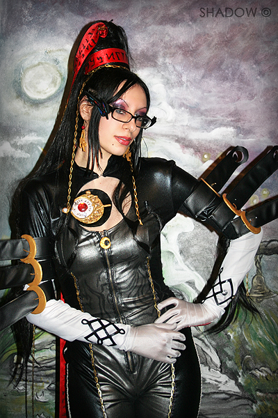 Shadow - Bayonetta Cosplay 5
