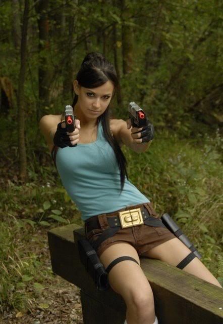 Laura Croft Cosplay - Tomb Raider Cosplay
