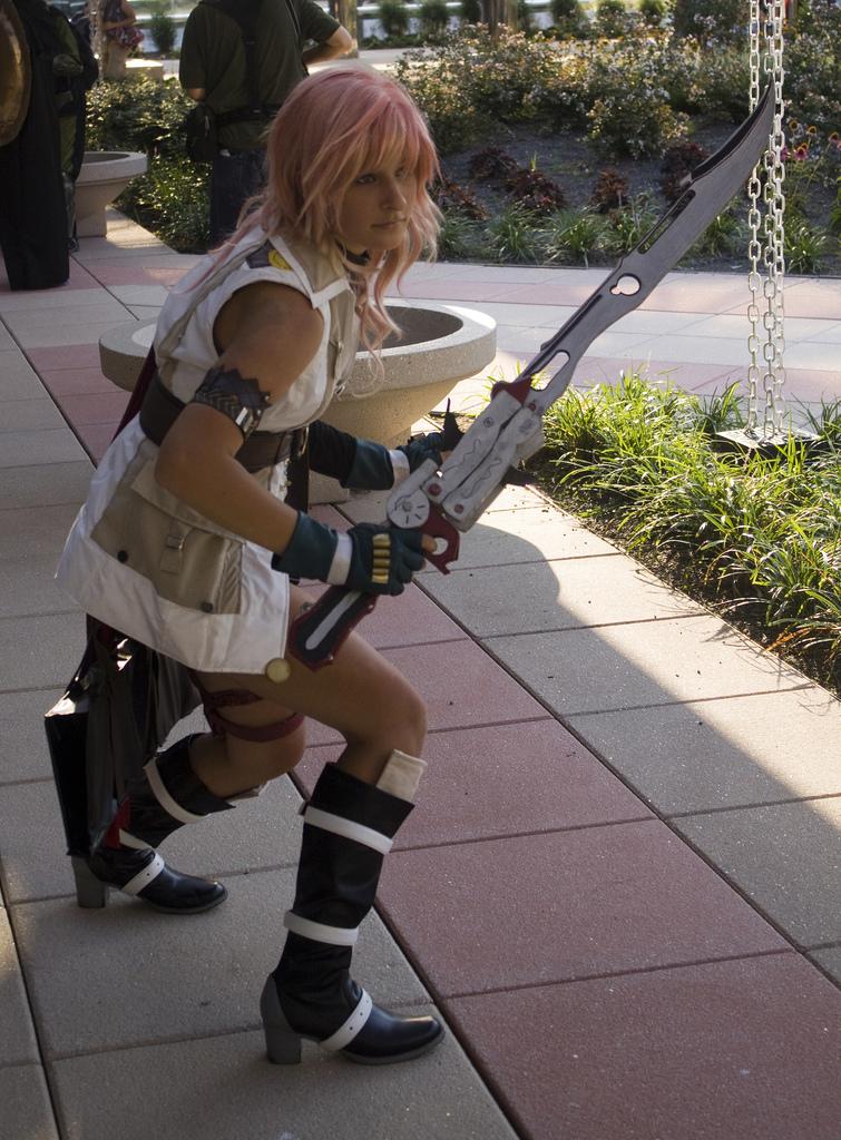 Lighting Cosplay - Final Fantasy XIII Cosplay