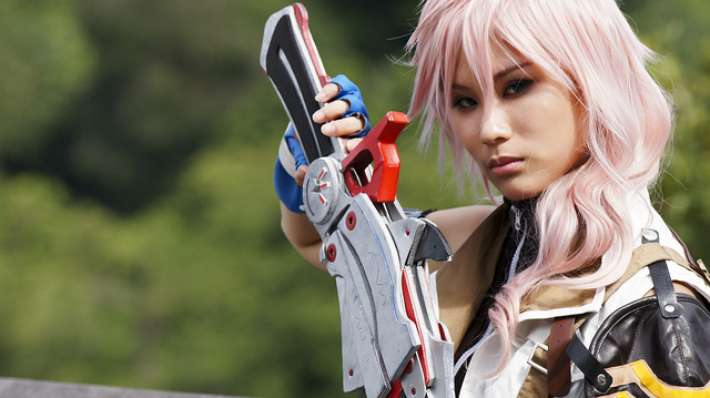 Lighting Cosplay - Final Fantasy XIII Cosplay