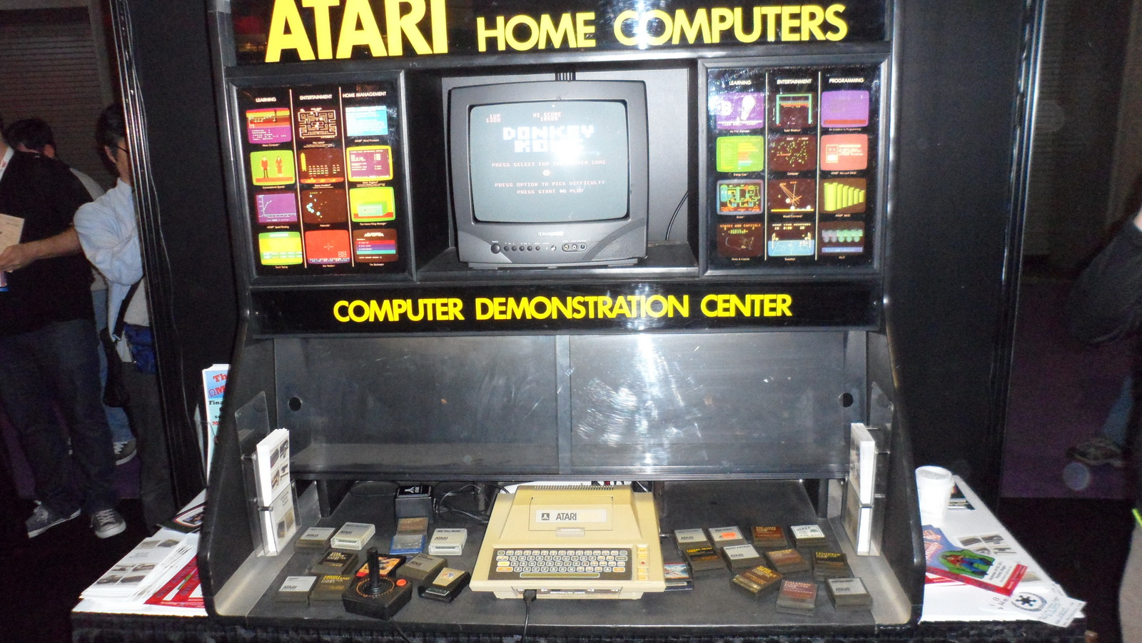 Atari Demonstration Center
