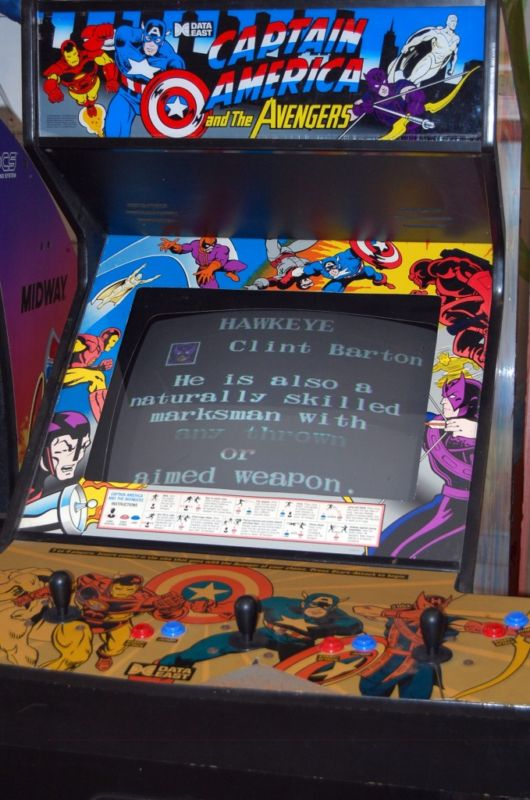 Captain_America_&_The_Avengers_arcade_cabinet