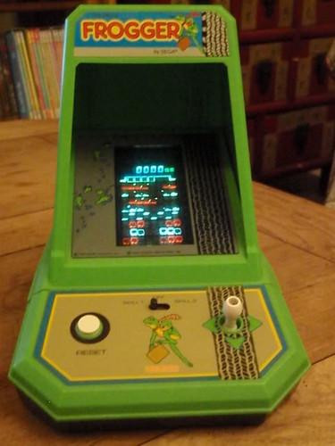 Coleco Mini-Arcades - Frogger