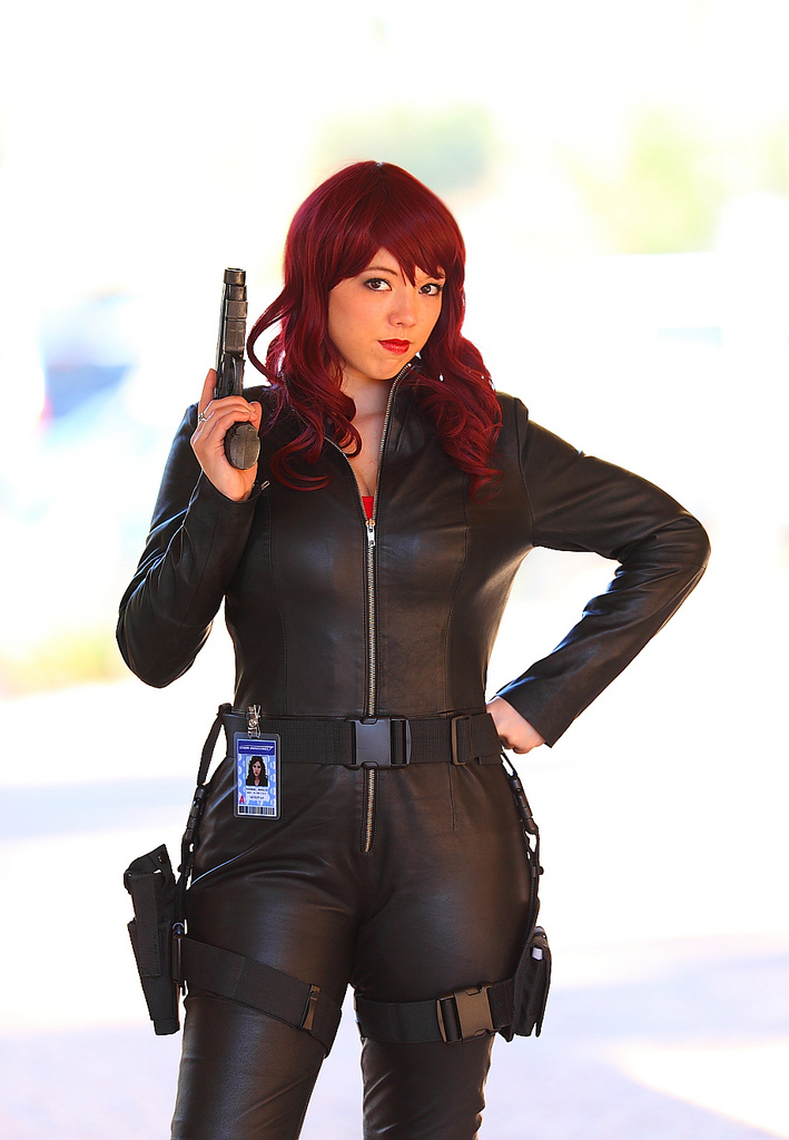 Avengers-Cosplay-Black-Widdow-2.jpg