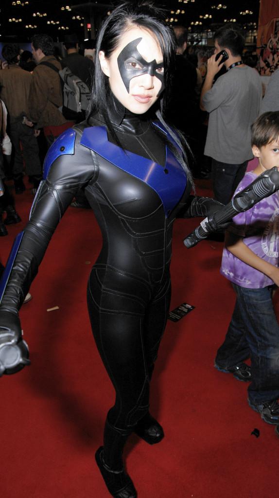 Képek a képregény világából - Page 2 New-York-Comic-Con-Cosplay-10-574x1024