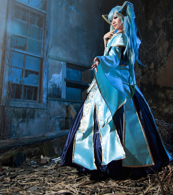 League of Legends Cosplay Obsolete Gamer